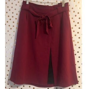 Express crepe A line belted skirt size 6